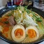 麺家 鶏処 - 味噌担々麺 850円