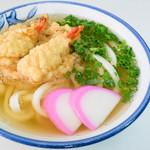 桑島製麺所 - 天ぷらの油分がいい感じでした。