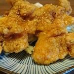 居酒屋食堂めっし - ハチミツソースの唐揚げ‼当店人気の1品です