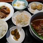 紅順宏 - 料理写真:焼豚定食(1080円)