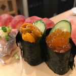 大衆すし酒場 カドハチ - お寿司
