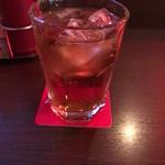 MKYアメリカンレストラン - お酒じゃないです。烏龍茶です。