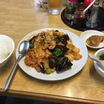 四季ボウ坊 - 四川名物 鶏肉と唐辛子炒め(787円)