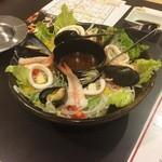 グランド居酒屋富士 - サラダ