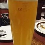 バーデンバーデン - HBミュンヘナー ヴァイスビア (樽生) 小ジョッキ(300ml) ¥600」