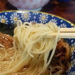 カミカゼ - 自家製麺はツルツル