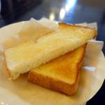 Cafe Kuromimi Lapin - バタートーストモーニングセット750円