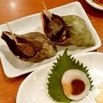 徳ちゃん - 徳ちゃん@札幌店 青つぶ煮、いかゴロ巻(だいぶ食べた後)
