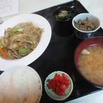 玉川食堂 - 日替り定食 焼きビーフン