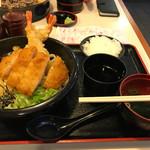 讃岐屋 - とんかつ特海老ぶっかけうどん(ご飯、吸い物付)900円