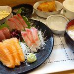 お食事処 呑み処 いこい - 料理写真: