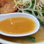 もつ煮 太郎 - スタミナラーメン(850円)+半ライス(140円)