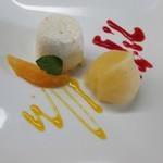 レストラン タケウチ - クリームチーズのババロアとオレンジソルベ