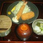 とんかつれすとらん 豚典館 - ランチの「海老フライとカニクリームコロッケの定食」900円