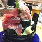 67701706 - 中トロの入ったこぼれ寿司