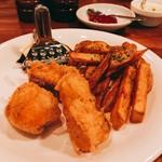 厨房酒場 カモメセラー - 三陸からの肴】今月はなんと、サクラマスのフィッシュ&チップス!