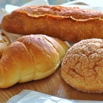 パン ネスト - 塩バター メロンパン 明太フランス