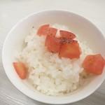67709943 - 完遂セット、トマトがめっちゃいい仕事します。食べてみて!