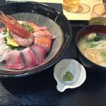 67710684 - 海鮮丼定食