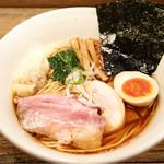 Homumeidoramemmuginae - 料理写真:特製醤油らあめん 990円