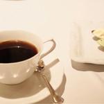 ル・マノアール・ダスティン - 食後のカフェ