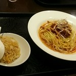 中華料理 菜香菜 - 【日替わりランチ】冷やし坦々麵+半炒飯:650円