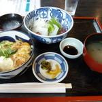 美人の湯 - ミニカツ丼とイカ刺し