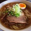 くま 若蔵 - 料理写真:醤油ラーメン ストレート麺