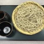 新発寒信州庵 - 料理写真:もりそば、398円です。