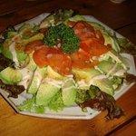 リトルフィ-ト - トマトとアボカドのサラダ