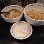 麺商つけ麺 志堂 - つけ麺・温泉卵