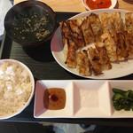 67732574 - 餃子定食@720円