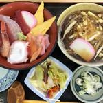 二八そば 晃市 - 料理写真:ちらしとお蕎麦のセット 980円