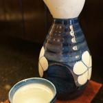 旬楽幸味 - 日本酒冷を投入、明石江井ヶ島酒造の神鷹2合です(2017.5.29)