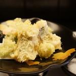 旬楽幸味 - 鱧とそら豆の天ぷら、鱧1個は大葉巻き梅添え(2017.5.29)