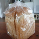 67747273 - 天然酵母山食パン290円+税