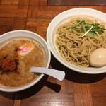 67747757 - 辛つけ麺 大盛(330g)