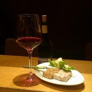 料理に合うワインや、その日の気分をおっしゃって下さい