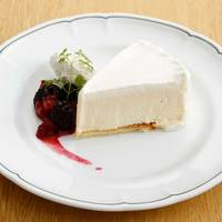 カフェ レルブ - レアチーズケーキ