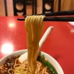 67761732 - 中太のストレート麺は‥もっちりコシの効いた麺