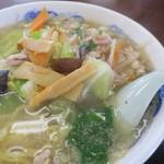 みつわ飯店 - 椎茸が美味しいです 玉子も入ってます