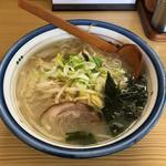 突撃ラーメン - 塩ラーメン 730円