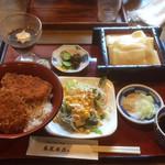 藤屋本店 - たっぷりソースカツ丼セット \1230