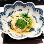 日本料理 浮橋 - 三つ葉と榎木茸のお浸し 助子旨煮 木の芽