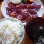 大衆肉料理 榎久 - <2011年2月>焼肉定食(牛)780円