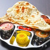 印度れすとらん カシミール - お好きなカリーを2つ選べて、日替わりのタンドールも人気の『カシミールスペシャルセット』