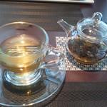 67777623 - ジャスミン茶