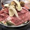 魚松 - 料理写真:すき焼き作るベヨ