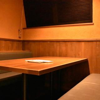普段使いから女子会・デート・接待まで幅広いシーンで使える個室