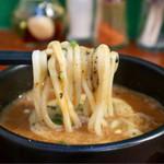 ラーメンめろう - 麺リフト